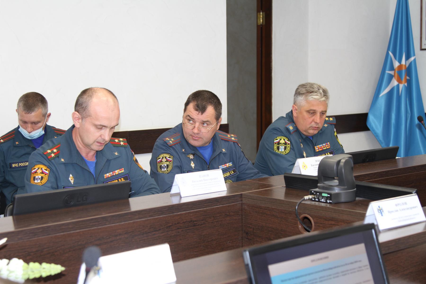 Фото Учения по ликвидации разлива нефти стартовали в Новосибирске 3