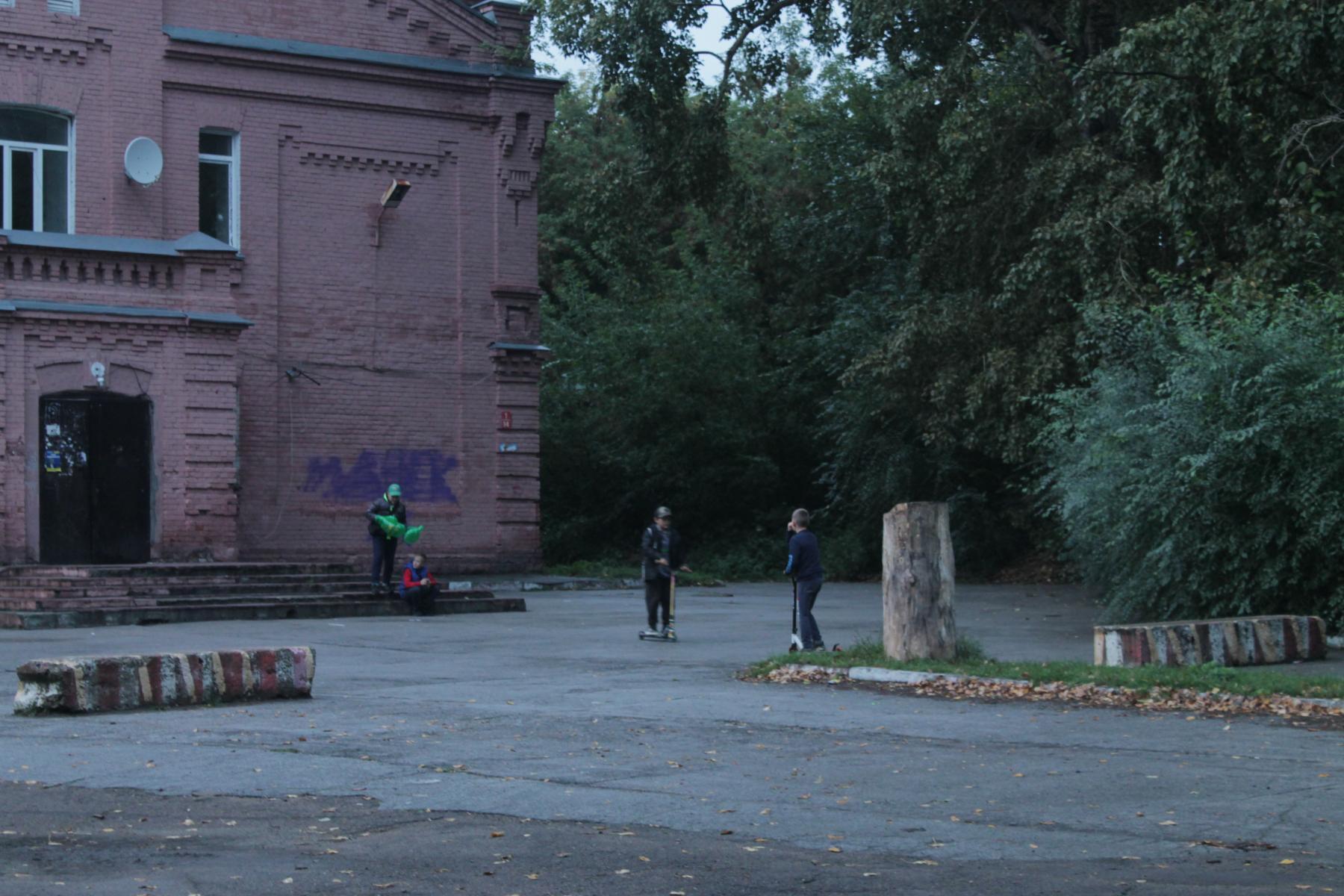фото Ужасы военного городка: город-призрак в центре Новосибирска 11