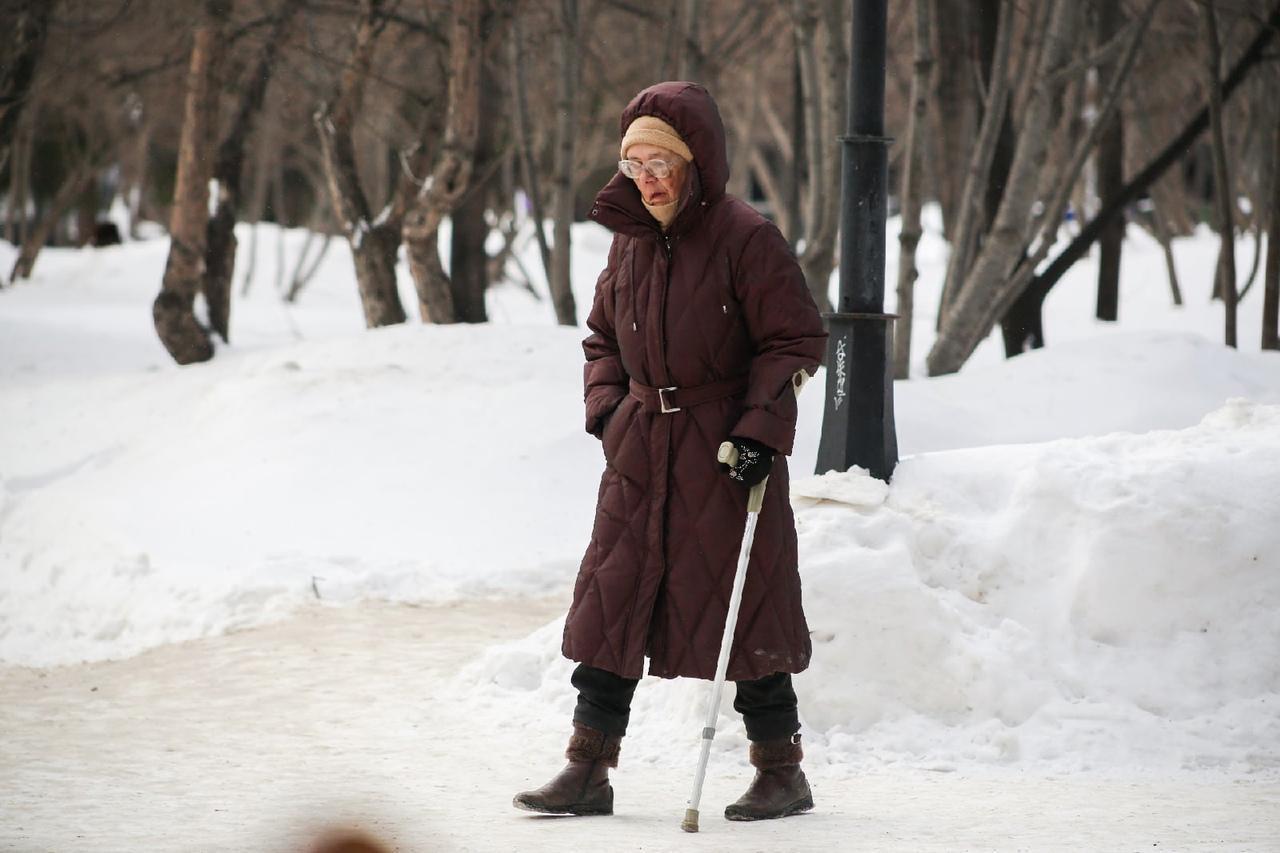 Фото «Хватит только на таблетки»: названы размеры минимальных пенсий в России в 2022 году 2
