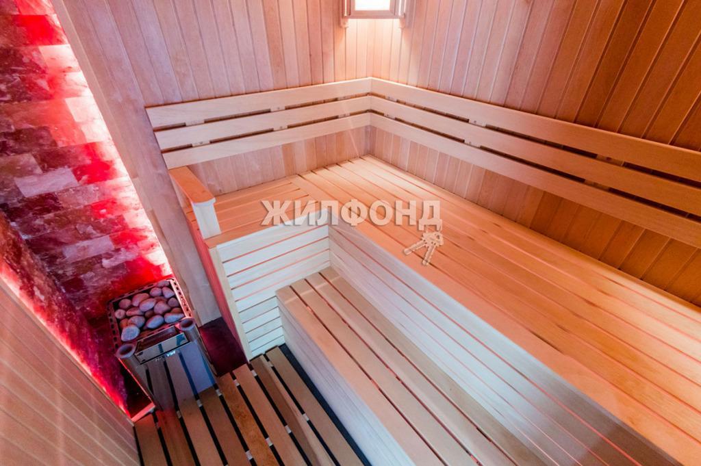 Фото Двухэтажный коттедж в Заельцовском районе Новосибирска выставили на продажу за 40 млн рублей 4