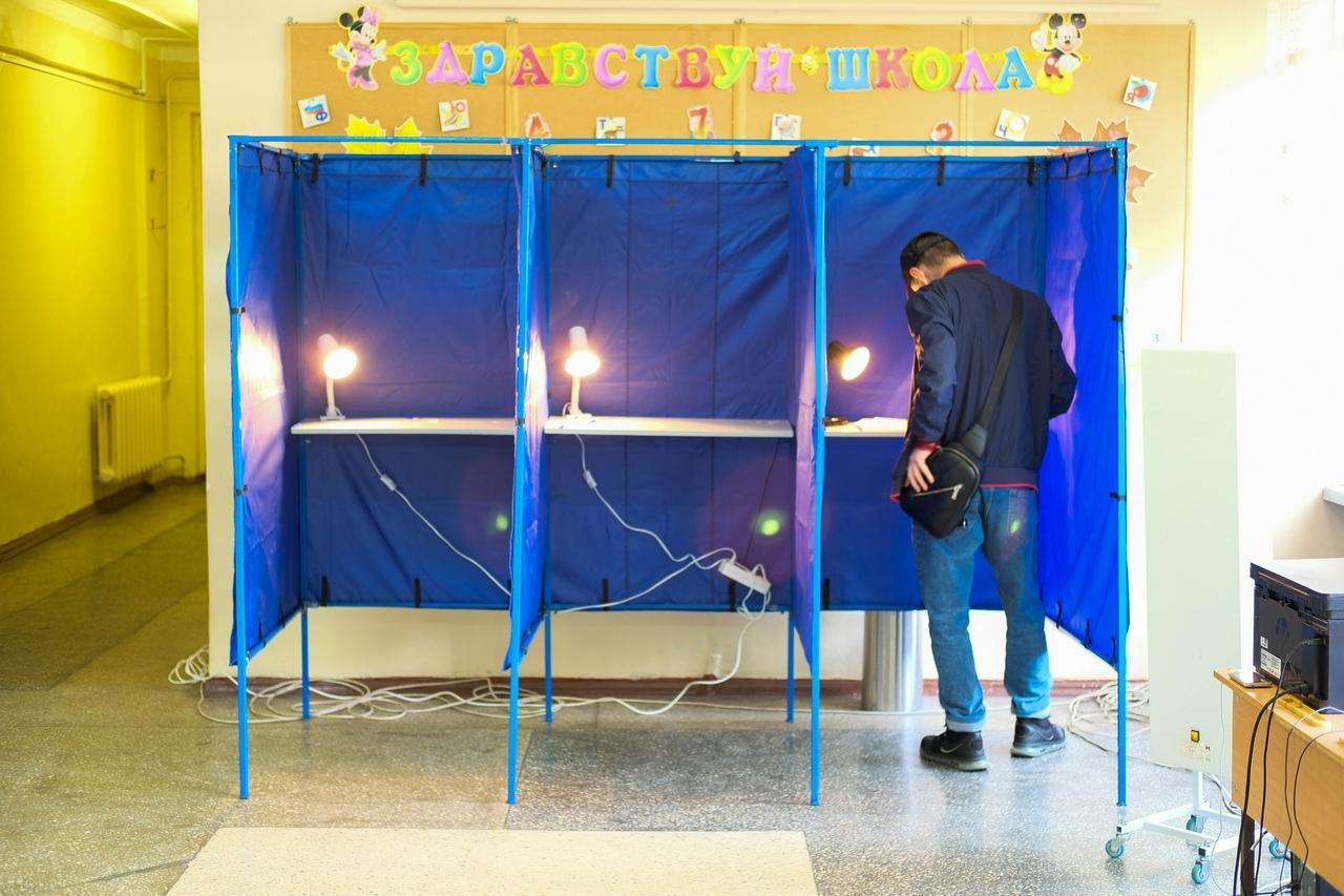 Фото Выборы в Новосибирске: онлайн дня голосования за депутатов Госдумы 19 сентября 2021 года 85