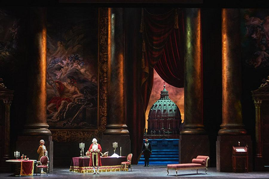 Фото Новосибирск: афиша на 10, 11 и 12 сентября – атмосферная фотосессия в ГПНТБ, юбилейный сезон симфонического оркестра и опера Джакомо Пуччини «Тоска» в НОВАТе 5