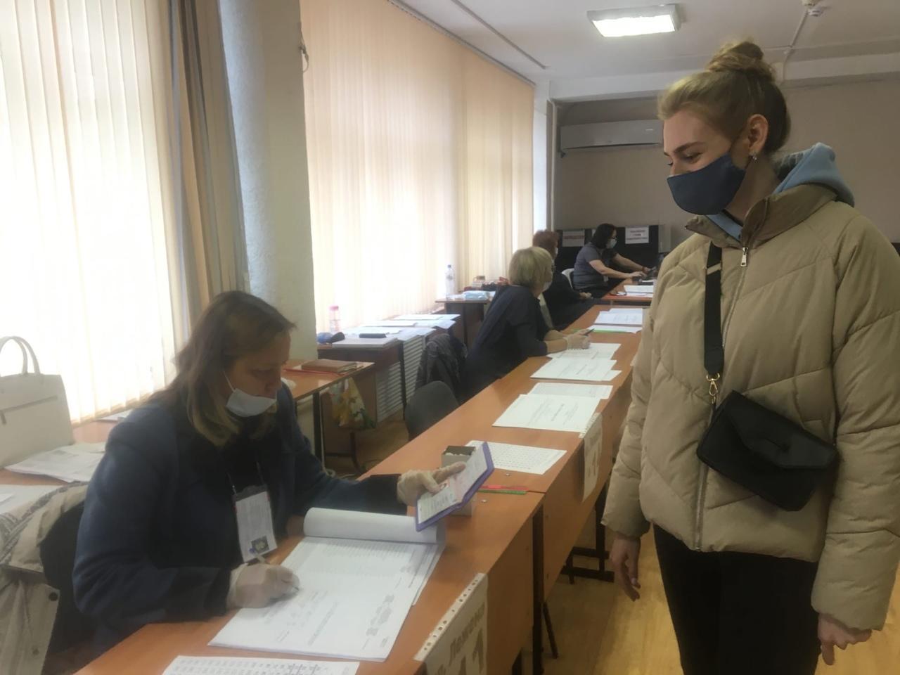 Фото Выборы в Новосибирске: онлайн дня голосования за депутатов Госдумы 19 сентября 2021 года 18
