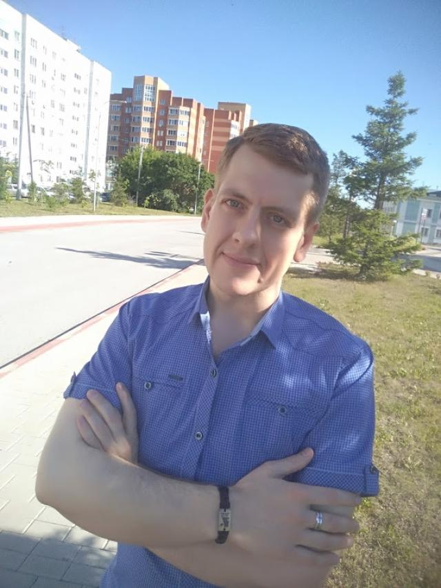 Фото Житель Новосибирска похудел на 100 кг и наконец смог выйти из дома 5