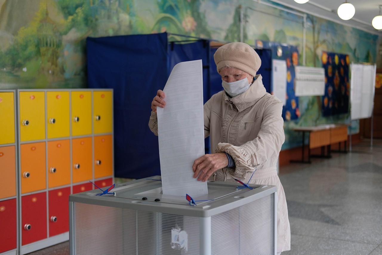 Фото Выборы в Новосибирске: онлайн дня голосования за депутатов Госдумы 19 сентября 2021 года 76