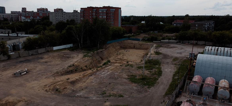 Фото «Страшно, стены лопаются»: новосибирцы обвинили строителей нового ЖК в разрушении жилого дома у бывшего городского аэропорта 6
