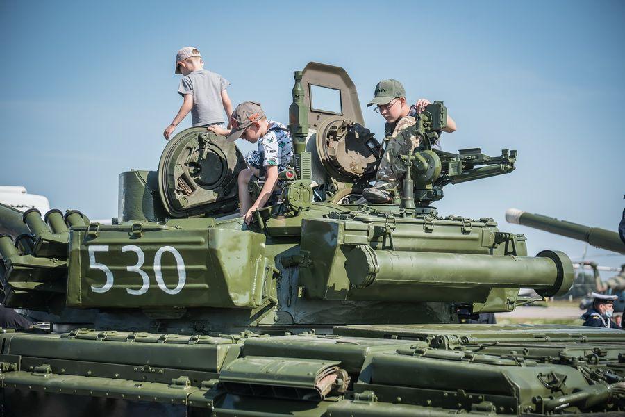 Фото «На поле танки грохотали»: самые душевные песни на День танкиста – 2021 3