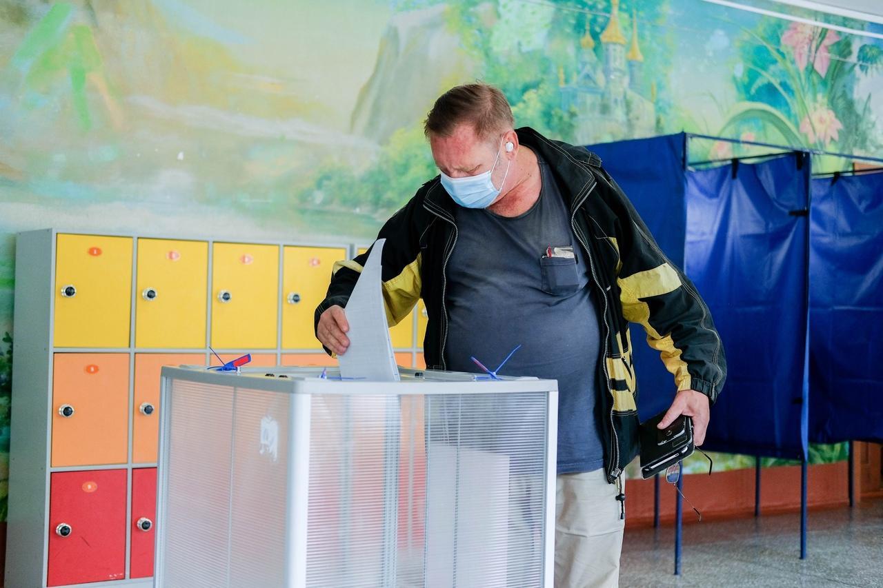 Фото Выборы в Госдуму РФ – 2021 в Новосибирске – лучшие фото 8