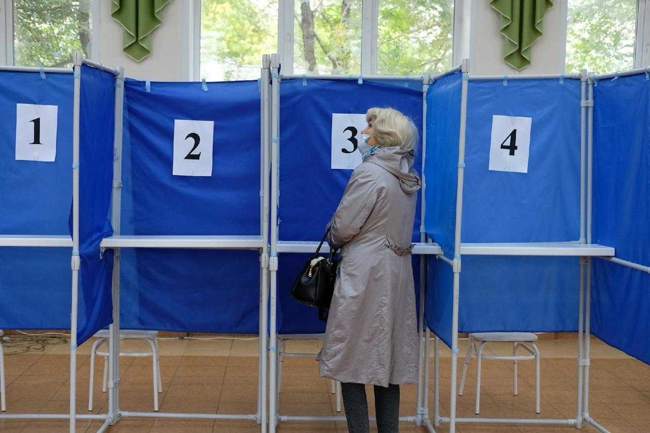 Фото Выборы в Новосибирске: онлайн дня голосования за депутатов Госдумы 19 сентября 2021 года 59