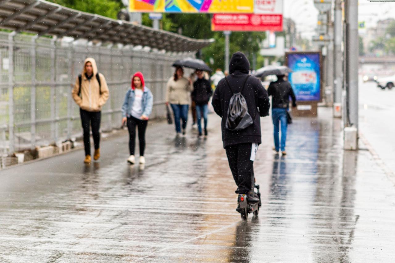 Фото Новосибирск вошёл в тройку самых дождливых мегаполисов России 2