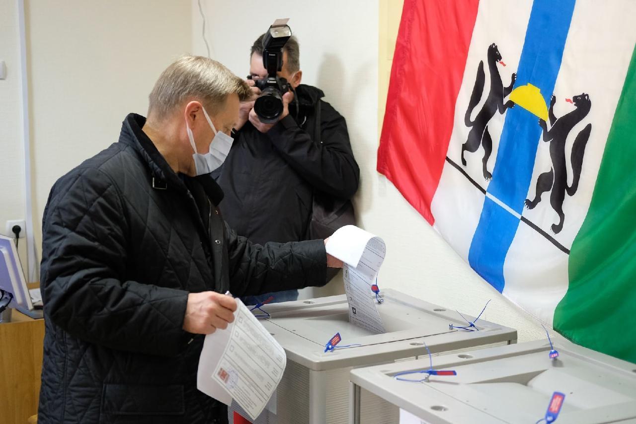 Фото Выборы в Новосибирске: онлайн дня голосования за депутатов Госдумы 19 сентября 2021 года 69
