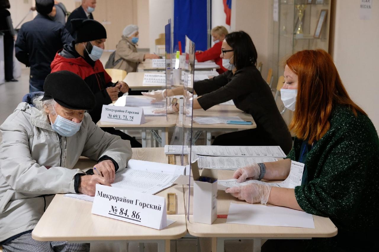 Фото Выборы в Новосибирске: онлайн дня голосования за депутатов Госдумы 19 сентября 2021 года 60