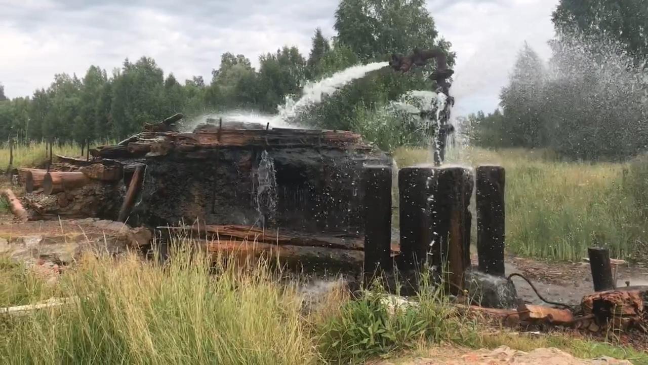 Фото Человек-тундра: 77-летний пенсионер из Томска отправился в дикую глушь, чтобы сжечь охотничью базу погибшего сына 4
