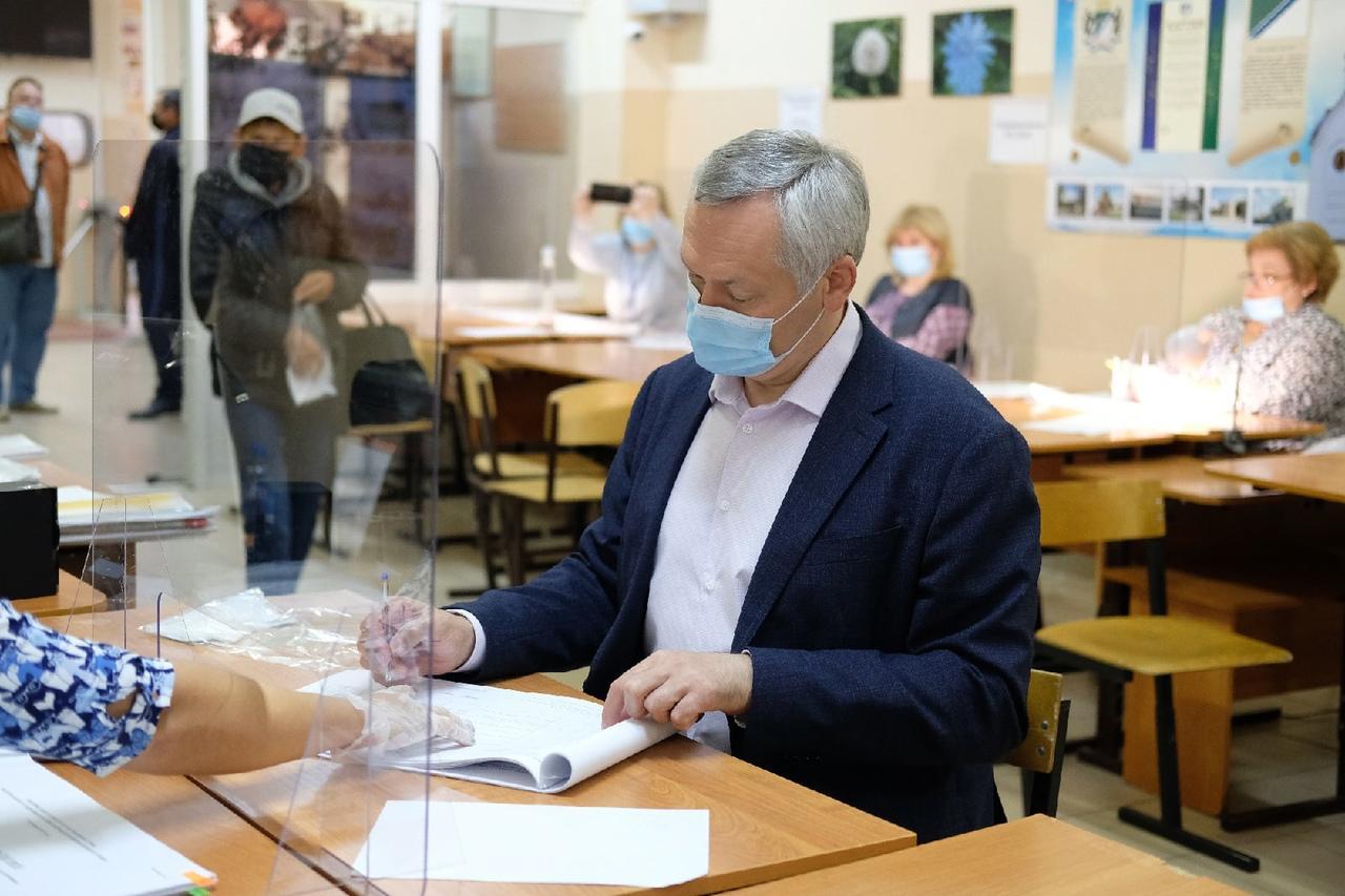 Фото Выборы в Госдуму РФ – 2021 в Новосибирске – лучшие фото 5