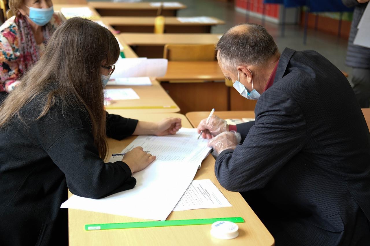 Фото Выборы в Госдуму РФ – 2021 в Новосибирске – лучшие фото 9