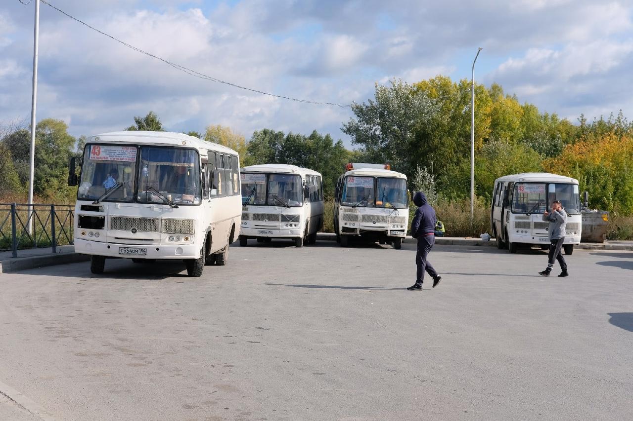 Фото Депутаты проинспектировали ремонт самых проблемных дорог в Кировском районе 4