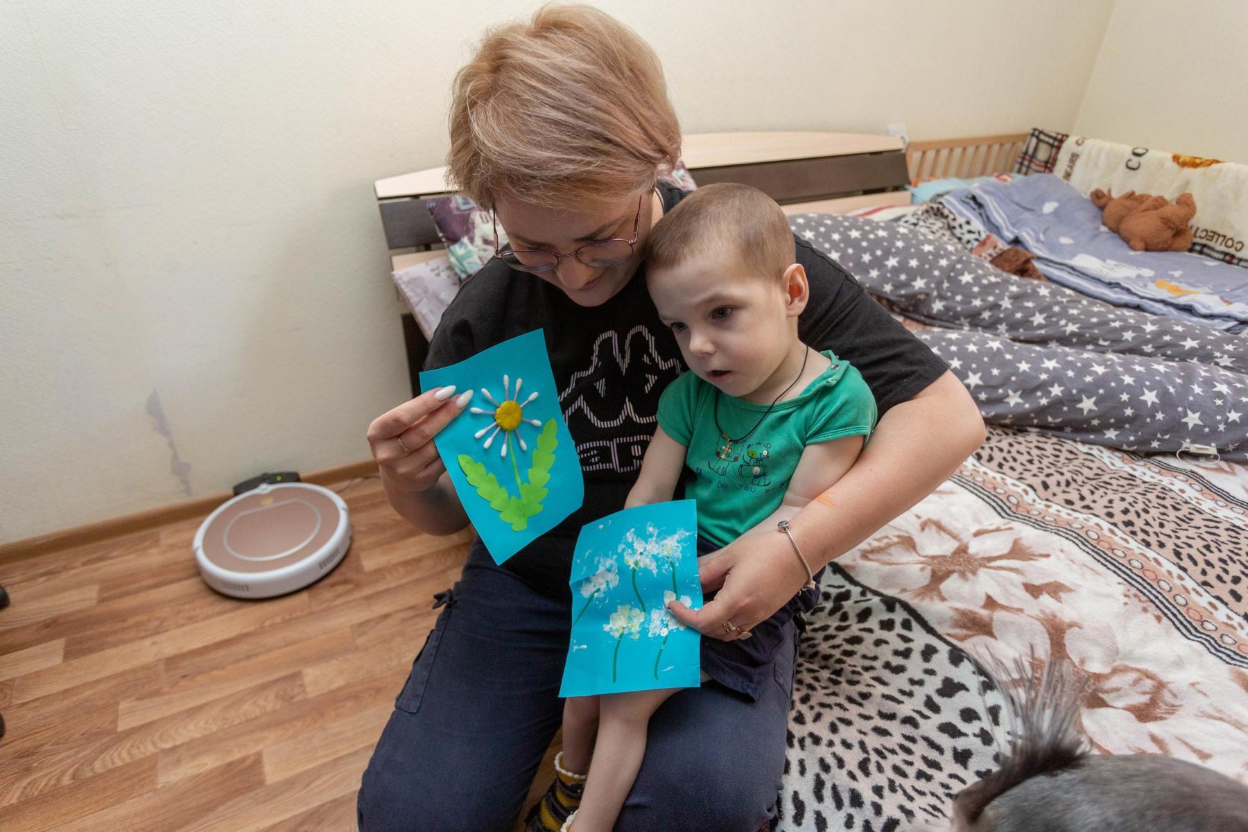 Фото История особенного мальчика Саши – такие дети рождаются один на миллион 14